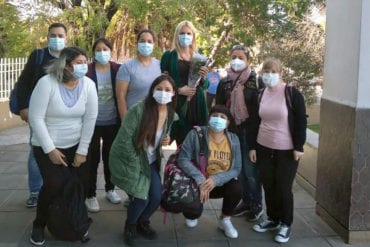 Celina Esteban con su equipo en el Centro de Salud No. 7.