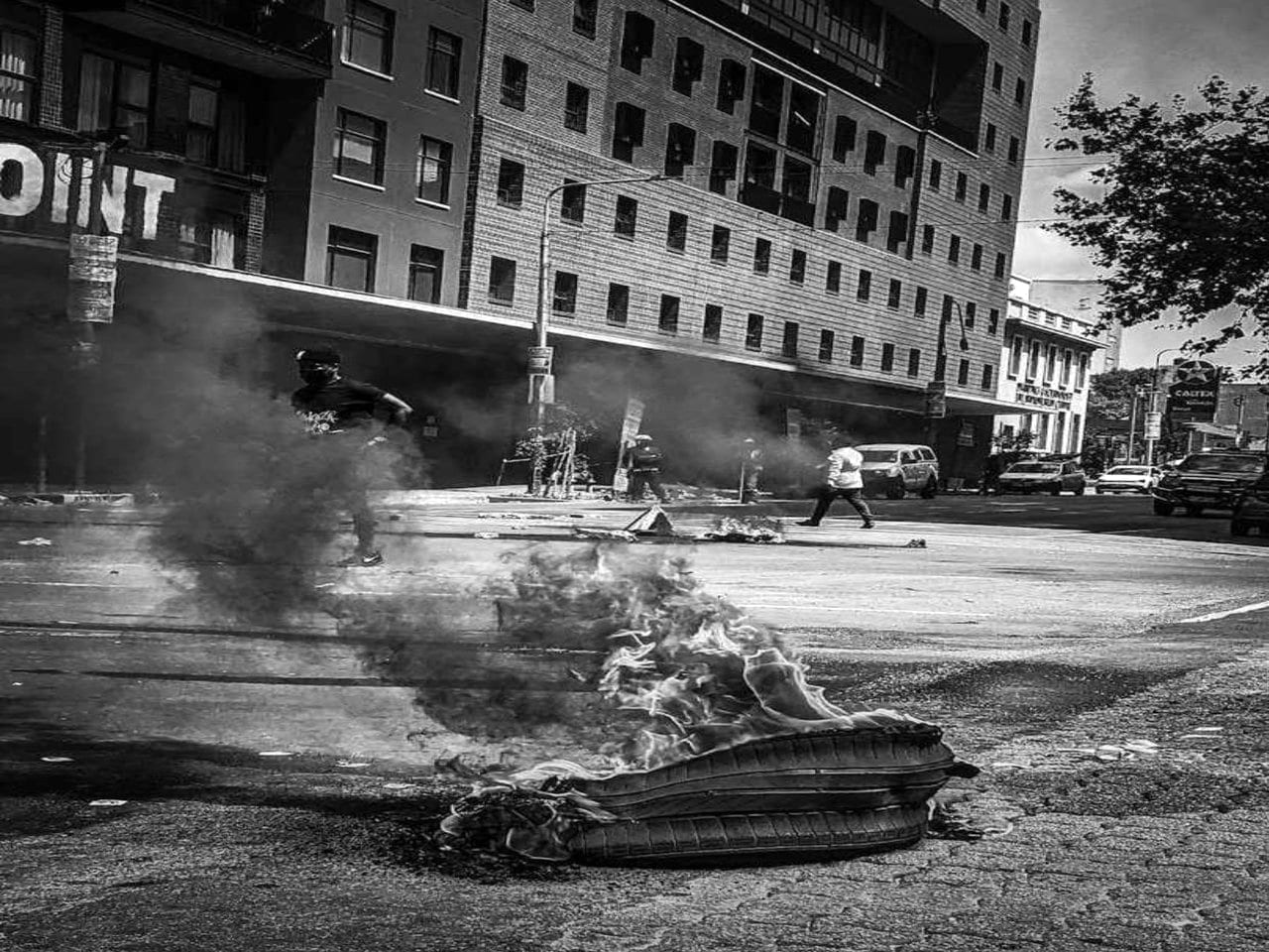 Chaos erupts in Johannesburg streets following student protest for financial inclusion