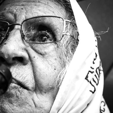 Despite her age and long struggle, Mirta de Baravalle does not lose hope of reuniting with her granddaughter.